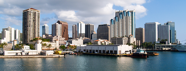 LISA-sprachreisen-englisch-Honolulu-stadt-skyline-meer-Hawaii-sonne-sightseeing